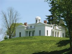 This extraordinary Greek Revival Villa on 127+/- acres is on a prominent hill overlooking the Kinderhook Creek with stunning unobstructed views of the Catskill Mountain range. On the National Registry of Historic Places, Crow Hill was built in 1839 by General Charles Whiting. Designed to admired from all directions, this rare beauty in the formal […]