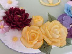 Detalle de rosas en glasé real. Rosa María Escribano