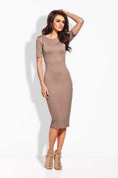Sukienka o długości midi w odcieniach cappuccino