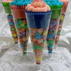 Cute cupcake holder idea!