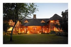 Jembisa Lodge, South Africa by night - a stunning venue for your outdoor/ safari wedding