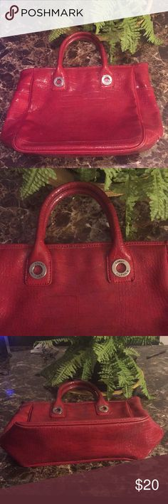 """Tommy Hilfiger Red Handbag Good condition slightly faded on bottom as seen in picture  Man made material  16"""" width 12"""" length  Bottom 4"""" Tommy Hilfiger Bags"""
