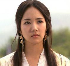 Park Min Young, Kpop, Korean Celebrities, Parks, Singer, Style Inspiration, Actresses, Actors, Beautiful