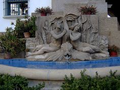 Fountain in front of Santa Barbara County Courthouse