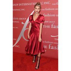 #haileybaldwin #red #style