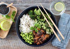 SUSHIBOWL MED TERIYAKIKYLLING No Knead Bread, Frisk, Wok, Grains, Recipies, Chicken, Baking, Chili, Ethnic Recipes