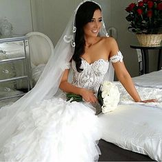 Beautiful bride! Tag a friend who loves weddings! Follow the top wedding pages: @Wedding @SparkleandGlamour @WeddingDream @_FantasyWedding