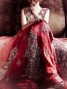 Beautiful Indian Brides #lehenga #choli #indian #hp #shaadi #bridal #fashion #style #desi #designer #blouse #wedding #gorgeous #beautiful