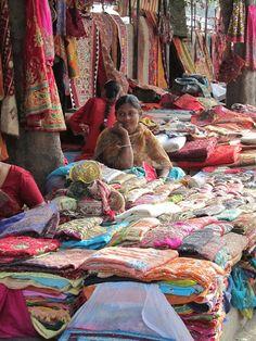 Street shopping - Delhi, India