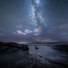 n i g h t II Mikko Lagerstedt Series of night photographs captured in Finland - 2013 & 2014 https://www.behance.net/gallery/19804029/n-i-g-h-t-II