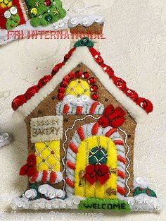 Bucilla-Breitville-6-Pce-Felt-Christmas-Ornament-Kit-86387-Engelbreit-Village