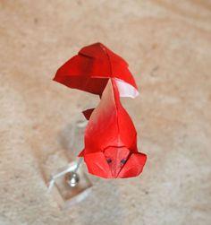 https://flic.kr/p/VSgiMU | 【Origami】Bubble Eye Goldfish (Designed by Ronald Koh) | スイホウガン(ロナルド・コウさん作・秀麗な折り紙より) Designed by Ronald Koh(The Graceful of ORIGAMI), folded by Hiroaki Kobayashi. Made from one square paper. 折紙作品 不切正方形1枚折り。