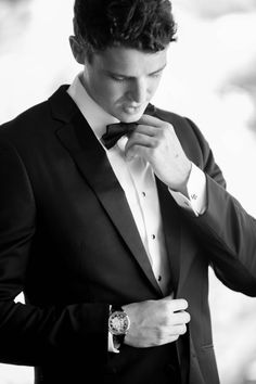 The Groom Gets Ready in Bow Tie | Photography: Gloria Mesa Photography.  Read More: http://www.insideweddings.com/weddings/light-airy-and-relaxed-seaside-wedding-with-soft-color-scheme/748/