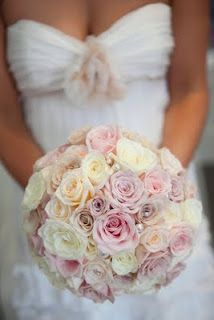 Round Bridal bouquet in a variety of lilacs - love this look so soft and romantic Wedding 2017, Dream Wedding, Wedding Things, Wedding Stuff, Mauve Wedding, Cream Roses, Lilacs, Bride Bouquets, Bridal Flowers
