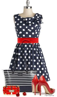 New Look 6370 view D but sleeveless, with added bow. The Pennsylvania Polka Dress in Navy Dots. From Washington to Wilkes-Barre, Allentown to Aliquippa, everyones talking about your precious polka-dotted dress! Dot Dress, Dress Me Up, Dress Skirt, Mode Collage, Look Fashion, Womens Fashion, Retro Vintage Dresses, Business Outfit, Mode Outfits