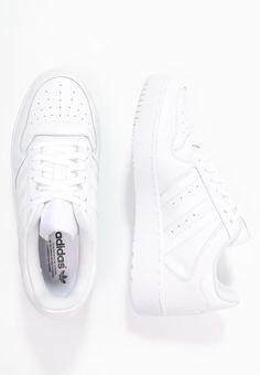adidas Originals ATTITUDE REVIVE - Tenisówki i Trampki - white - Zalando.pl