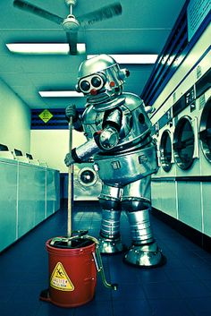Tubby the Robot, photo by James Debenham Vintage Robots, Retro Robot, I Robot, Cool Robots, Robot Art, Nono Le Petit Robot, Aliens And Ufos, Flying Saucer, Dieselpunk