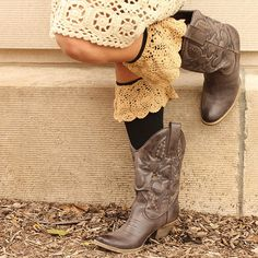 These are soooo cute!!!    Boot Socks Styles – A Corner Cottage.