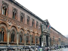 The facade of the Università Statale (State University) building in Milan, Italy. Begun in 1456 on a project by Filarete, it used to be former Hospital of Milan. Picture by Giovanni Dall'Orto 15th Century, State University, Facade, Louvre, Street View, Country, Architecture, Building, Milan Italy