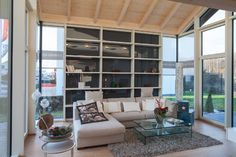 """Stommel Haus """"Cornish Oak"""" Show Home modern-wohnbereich"""