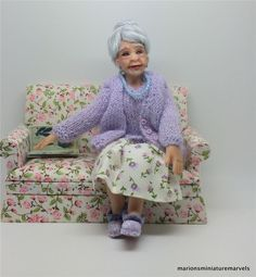 OOAK MINIATURE 12TH SCALE GRANDMOTHER handmade sculpture by CDHM & OGLD ARTISAN MARION