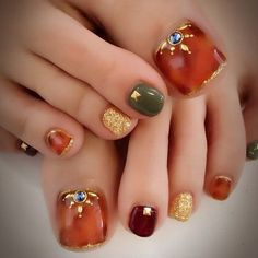 How to choose your fake nails? - My Nails Pretty Toe Nails, Cute Toe Nails, Toe Nail Art, Bling Nails, My Nails, Feet Nail Design, Toenail Art Designs, Feet Nails, Fabulous Nails