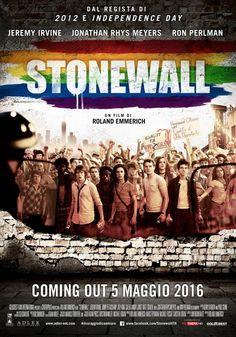 Sonewall il nuovo film di Roland Emmerich ispirato alle vicende che ruotarono attorno al bare StonewallInn di New York nel 1969
