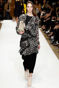 Chloé Fall 2014 Ready-to-Wear Fashion Show - Alma Durand (OUI)