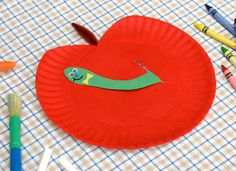paper plate apple- back to school theme