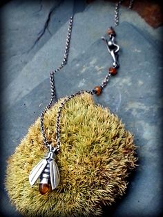 Firefly Pendant with high-dome Cabochon faceted by TandBrie