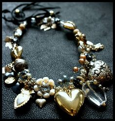 heart necklace #hearts, #heart jewelry, #gold jewelry #necklaces jewelry-coolness