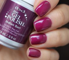 Here is another dazzling purple, Indian Sari - a regal purple with a shimmer finish.   Indian Sari is also available in IT'S A MATCH duo pack.  Manicure by @alesplotnikova.  #ibd #ibdbeauty #ibdadvancedwear