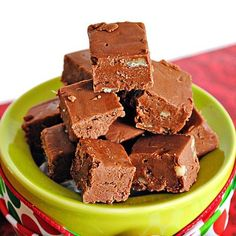 A fudge kit? Don't use a kit make your own fudge. It's so easy. This is the original Fantasy Fudge recipe! A favorite of holiday bakers for years! Fudge Recipes, Candy Recipes, Sweet Recipes, Dessert Recipes, Holiday Baking, Christmas Baking, Christmas Candy, Christmas Treats, Christmas Cookies