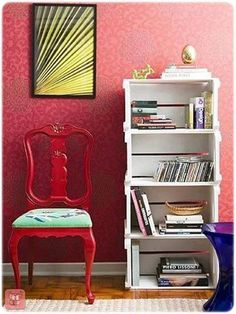 Chair Restored, Renovated or Renovated = Economy, Personalized and Sustainable Decor! - BE Decoration Wooden Crates, Wooden Diy, Diy Home Crafts, Diy Home Decor, Wood Boxes, Decoration, Design Projects, Painted Furniture, Living Room Decor