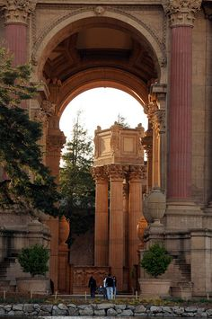 Palace of Fine Arts, San Francisco - By Hkfioregiallo ~ Wow. Another beautiful place in San Francisco San Francisco California, California Dreamin', Palaces, Great Places, Places To See, Amazing Places, Beautiful World, Beautiful Places, Palace Of Fine Arts