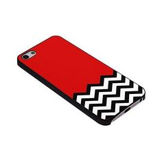 Amazon.com: Twin Peaks Chevron for Iphone Case (iPhone 6 black)... (44 PEN) ❤ liked on Polyvore featuring accessories, tech accessories, apple iphone case, iphone sleeve case, iphone cases, iphone cover case and chevron iphone case