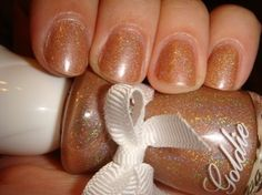 Goldie – Nude Holo Glitter