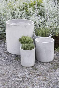 https://www.granit.com/category.html/uteliv Concrete cylinder pots