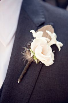 I know this pic is for the bout but I love that stiching on the lapel