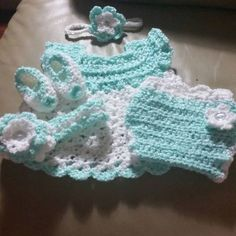 """Kind of want to do this. Anyone having a baby in the next few months? [   """"Girl Sleeper Set - FREE Crochet Patterm/ won"""