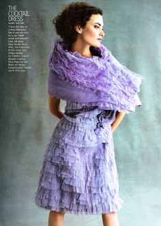 "Shalom Harlow in ""The Looks That Matter"" by Michael Thompson for Vogue US, July 2000 Purple Fashion, 90s Fashion, High Fashion, Vintage Fashion, Beautiful Gowns, Beautiful Outfits, Beautiful Clothes, Michael Thompson, Shalom Harlow"