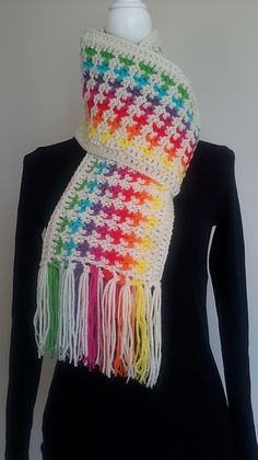 Ravelry: Donna's Mistake Blanket / Scarf Crochet free tutorial pattern by bobwilson123