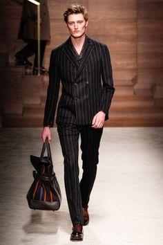 Sfilata Salvatore Ferragamo Milano Moda Uomo Autunno Inverno 2014-15 - Vogue
