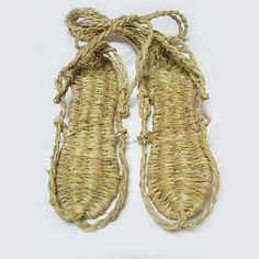 Japanese traditional straw shoes, Waraji