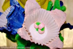 Mother's Day Craft for Kids :: Egg Carton Flower Bouquet