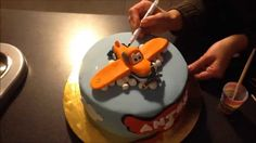 How to make a plane Dusty fondant figure tutorial / Jak zrobić figurkę s...