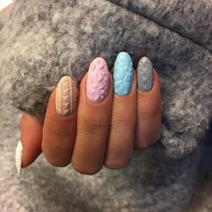 cable knit - The latest look in manicure fashion is cable knit nail art. 3d Nail Art, 3d Nails, Pastel Nails, 3d Nail Designs, Winter Nail Designs, Nails Design, Gel Nagel Design, Korean Nails, Nagellack Trends