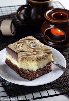Great ways to make authentic Italian coffee and understand the Italian culture of espresso cappuccino and more! Cupcake Cakes, Cupcakes, Cappuccino Machine, Breakfast Menu, Polish Recipes, Confectionery, Sweet Recipes, Coffee Blog, Creme