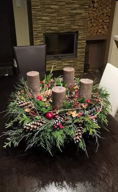 and Fun DIY Christmas Decorations and Table Centerpieces That Won't Bre. -Easy and Fun DIY Christmas Decorations and Table Centerpieces That Won't Bre. - 121 absolutely stunning ideas for christmas table decorations page 14 Christmas Advent Wreath, Rustic Christmas, Christmas Home, Christmas Crafts, Snowman Crafts, Diy Advent Wreath, Christmas Candles, Christmas Snowman, Xmas