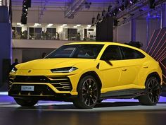 Pin By Ela Mešanović On Car In 2020 Lamborghini Luxury Car Rental Luxury Car Hire